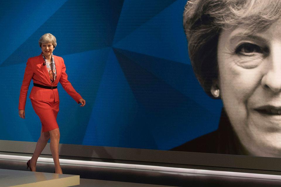 Zdjęcie numer 1 w galerii - Brytyjska premier Theresa May nie zdobędzie bezwzględnej większości w wyborach parlamentarnych w przyszłym tygodniu?