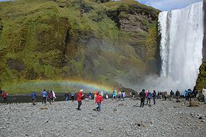 Apel do turystów na Islandii: Nie kupujcie wody w sklepach. Okazuje się, że może być droższa od benzyny