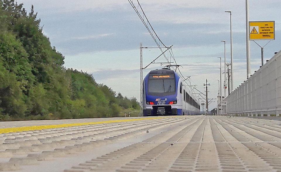 pociąg Intercity.