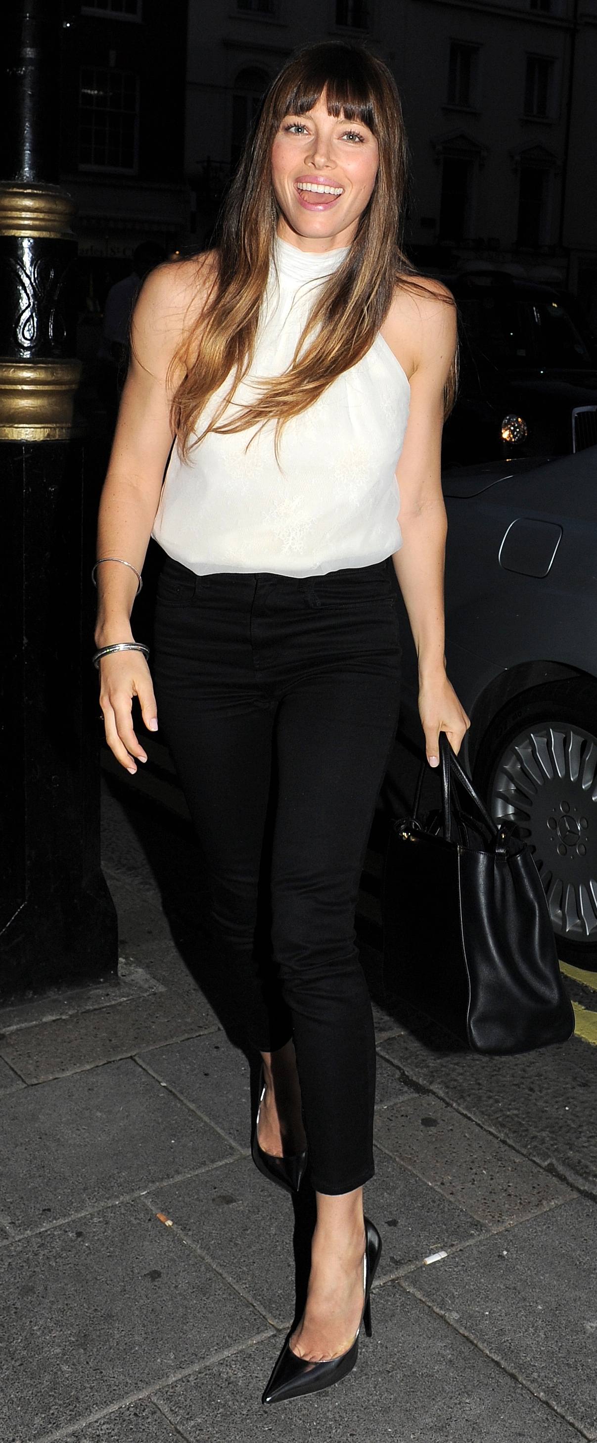 WORLD RIGHTS    Jessica Biel seen on a night out at Little House restaurant in Mayfair. London. UK. 15/08/2012    BYLINE BIGPICTURESPHOTO.COM:    REF:001JNR/RV    USAGE OF THIS IMAGE OR COPY WRITTEN THAT IS BASED ON THE CAPTION, IS CONDITIONAL UPON THE ACCEPTANCE OF BIG PICTURES'S TERMS AND CONDITIONS, AVAILABLE AT WWW.BIGPICTURESPHOTO.COM    STRICTLY NO MOBILE PHONE APPLICATION OR ?APPS? USE WITHOUT PRIOR AGREEMENT