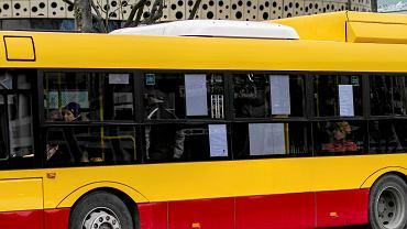 Autobus komunikacji miejskiej w Kielcach