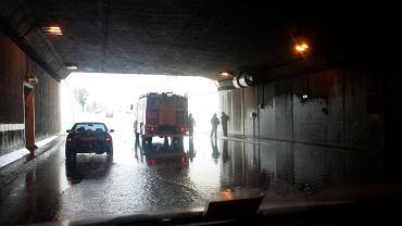 Woda zalała tunel Wisłostrady już kilka godzin po otwarciu