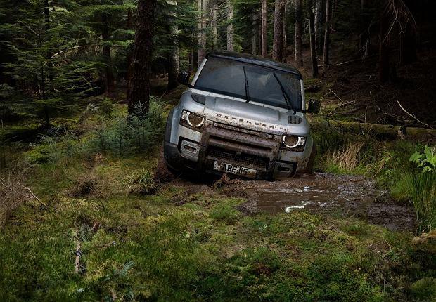 Nowy Land Rover Defender - ceny w Polsce. Cennik nowego Defendera otworzy 241 900 zł