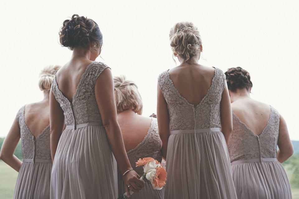 ee0e245a Sukienki na wesele - jak znaleźć idealną kreacje na wesele?
