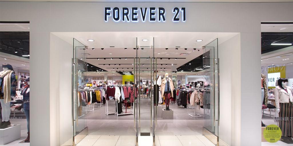 Forever 21 zamyka sklepy w Polsce
