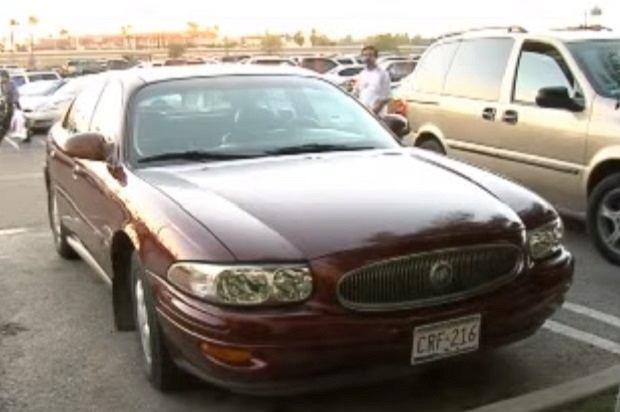 Melina dostała w spadku 50 tys. dolarów i samochód