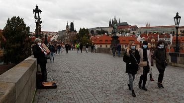 Na Moście Karola w Czechach, 11 października 2020.