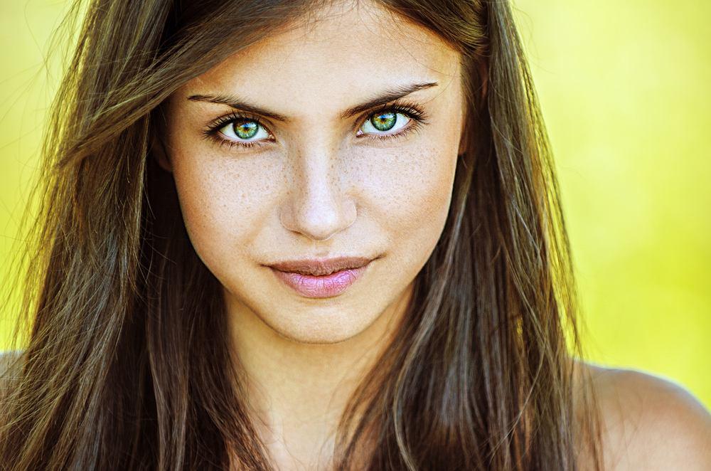 Zielone oczy to marzenie wielu kobiet.