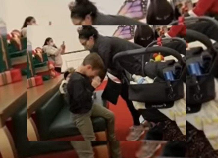 Święty Mikołaj doprowadził chłopca do łez. 'Moje biedne dziecko'
