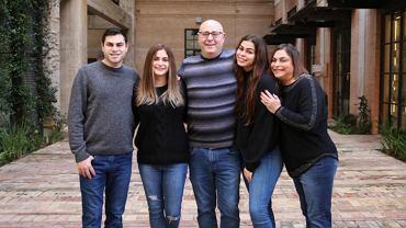 Jared Diamond z żoną Robin i dziećmi.