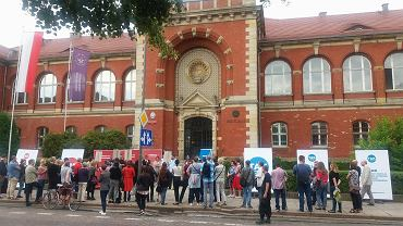 Akademicki protest przed rektoratem US