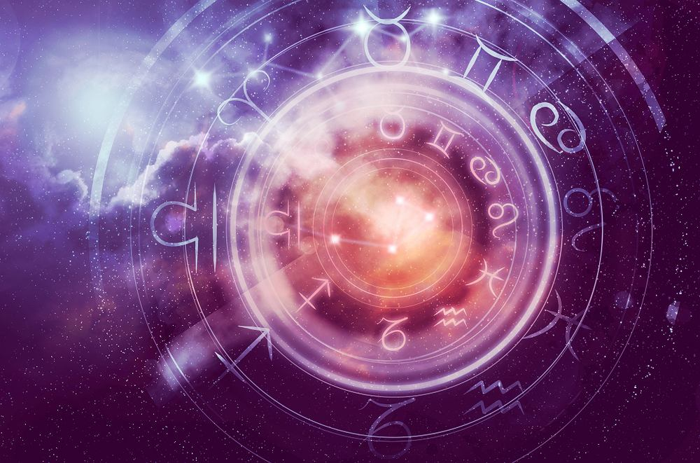 Horoskop dzienny - 24 stycznia [Baran, Byk, Bliźnięta, Rak, Lew, Panna, Waga, Skorpion, Strzelec, Koziorożec, Wodnik, Ryby]. Zdjęcie ilustracyjne