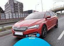 Opinie Moto.pl: Skoda Superb iV - w wersji plug in hybrid zachował najważniejsze walory modelu i można nim jeździć w trybie elektrycznym