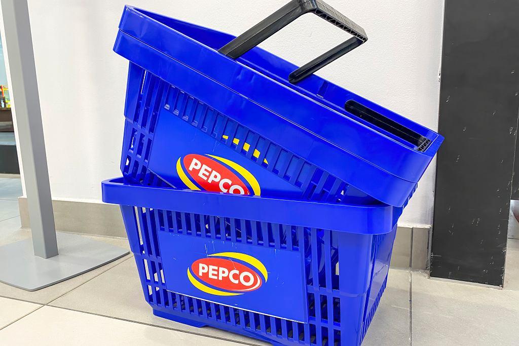 Pepco sprzedaje modną sukienkę za 40 zł (zdjęcie ilustracyjne)