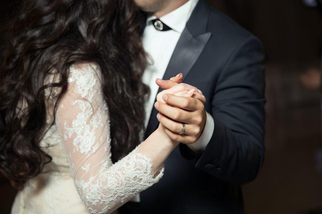 Co z weselami w czasie pandemii? Rzecznik rządu Piotr Müller komentuje (zdjęcie ilustracyjne)