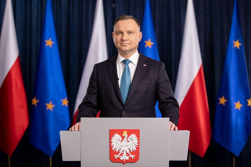 Andrzej Duda wygłosił orędzie. 'Ograniczenia stwarzają pokusę do ograniczania wielu swobód'