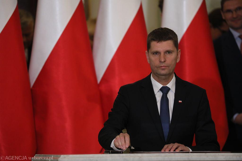 Nowy minister edukacji narodowej Dariusz Piontkowski.