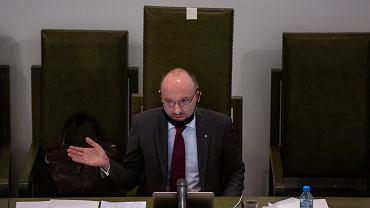 Drugi dzień obrad Zgromadzenia Ogólnego Sądu Najwyższego. Na zdjęciu: tymczasowy Pierwszy Prezes Sadu Najwyższego Kamil Zaradkiewicz. Warszawa, 9 maja 2020