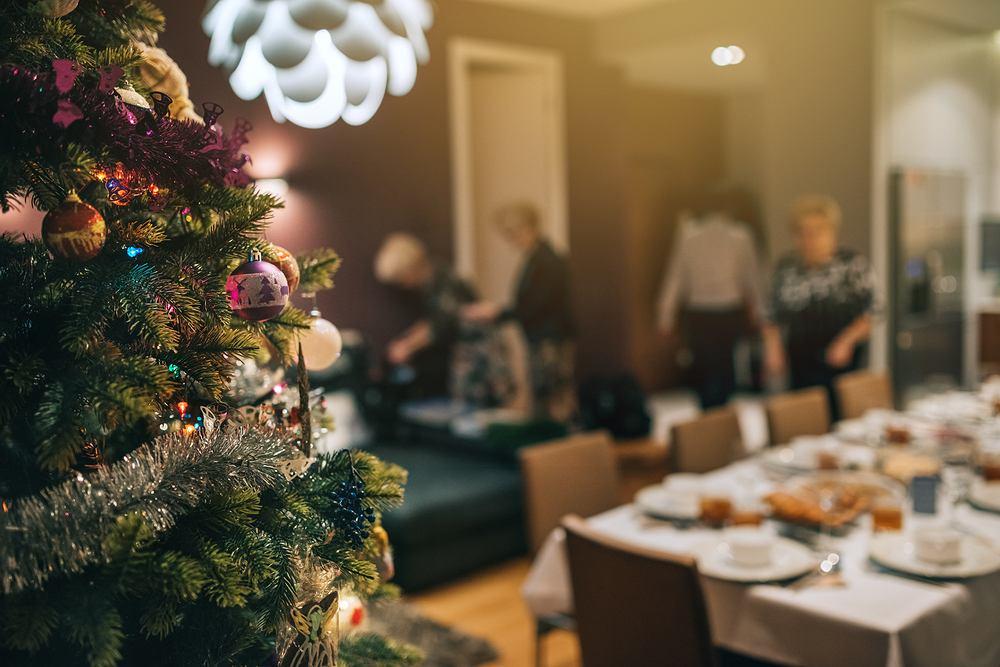 Jeśli nie wyznaczymy gościom miejsc od razu, przy stole może zapanować chaos