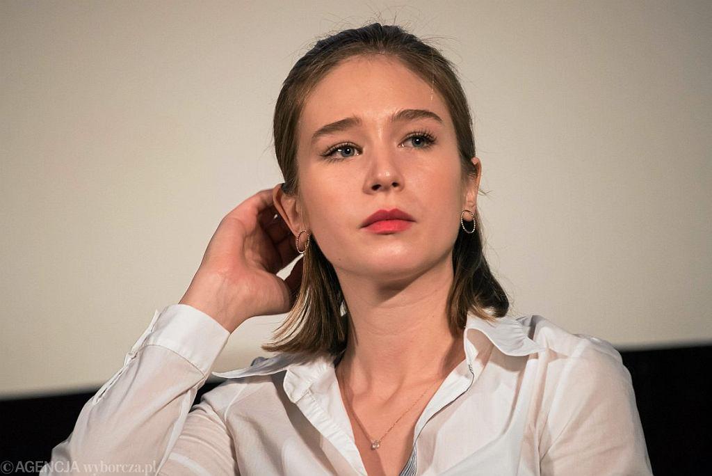 Zofia Wichłacz na konferencji podczas 67. konkursu Berlinale (fot. Franciszek Mazur / Agencja Gazeta)