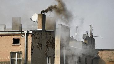W Sosnowcu jest ponad 10,1 tys. budynków jednorodzinnych i 4628 z nich nadal deklaruje konieczność odbioru popiołu
