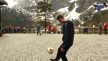 Freestyler wszedł na Morskie Oko, żonglując piłką