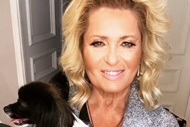 Ewa Kasprzyk zamieściła na Instagramie zdjęcie, prezentując nową fryzurę. Gwiazda postanowiła znacznie skrócić włosy.