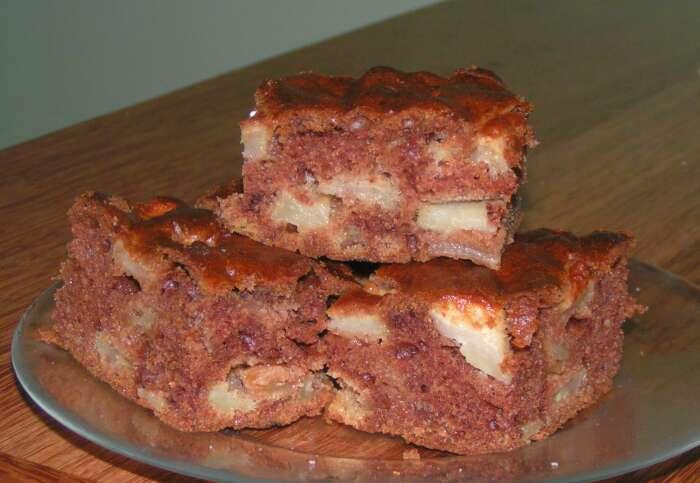 Młody kremowy tort analny