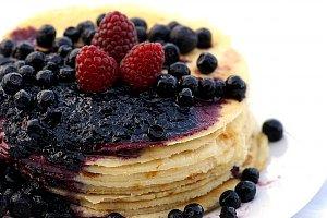 Owocowy tort naleśnikowy - ugotuj