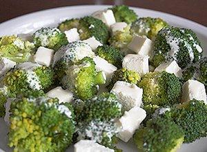 Brokuły z Fetą - ugotuj