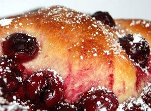 Ciasto drożdżowe z wiśniami - ugotuj