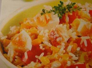 Sałatka ryżowa z kurczakiem - ugotuj