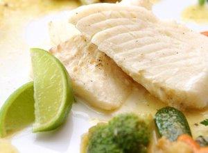 Filet z ryby w sosie z imbiru, limonki i chili - ugotuj