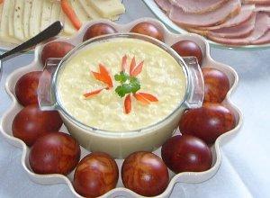 Wielkanocny sos jajeczny
