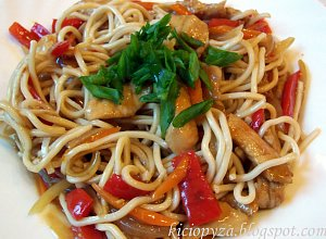 Kurczak z warzywami w sosie po chińsku - ugotuj