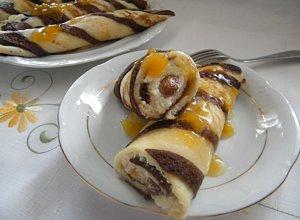 Naleśniki w paski z serem i rodzynkami - ugotuj