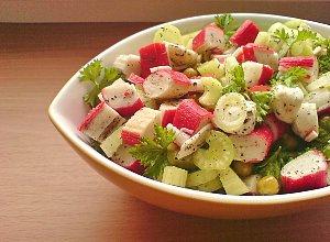 Sałatka z surimi - ugotuj