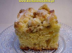 Ciasto drożdżowe z rabarbarem