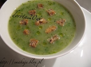 Zielona zupa z sałaty i cukinii - ugotuj