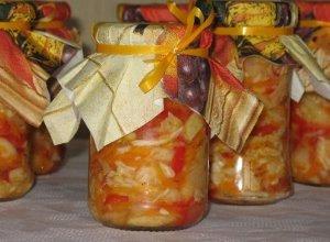 Sałatka warzywna do słoików - ugotuj