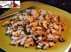 Ryż w jajku z kurczakiem - ugotuj
