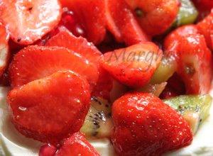 Beza Pavlova z mascarpone i owocami - ugotuj