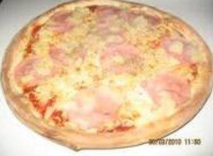 Pizza z serem zawijanym w rogach - ugotuj