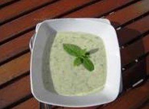 Szybka zupka serowa - ugotuj