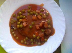Placki ziemniaczane z sosem pomidorowym - ugotuj