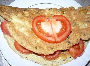 Omlet ziołowy z żółtym serem - ugotuj