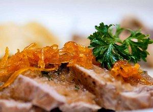 Polędwiczki wieprzowe w sosie pomarańczowym - ugotuj