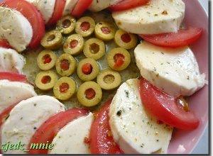 Sałatka z mozarellą - ugotuj