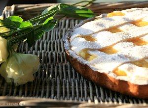 Jabłkowa tarta z marcepanową kratką - ugotuj