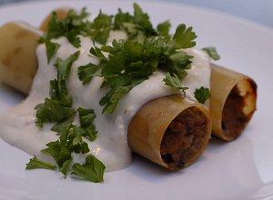 Cannelloni z pasztetem, w sosie chrzanowo-pietruszkowym - ugotuj